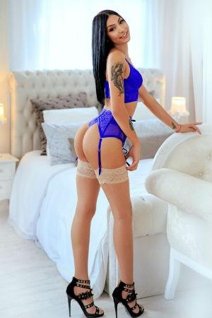 Sexy Elif posing for Movida Escorts